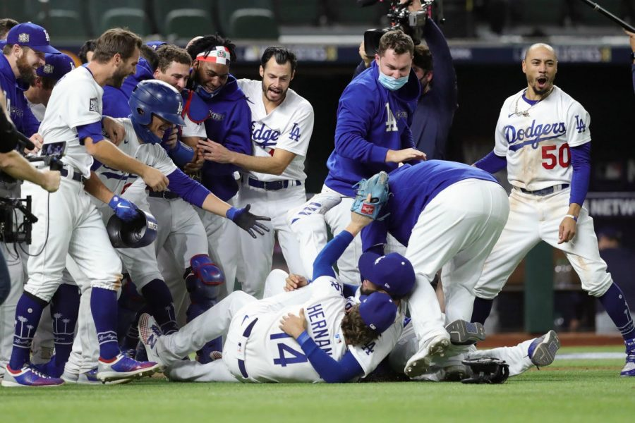The Dodgers win the World Series for the first time in 32 years.