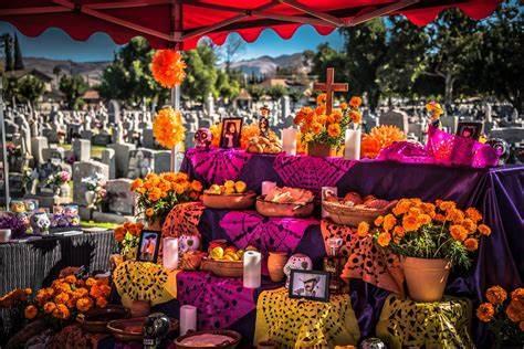 Come and Celebrate Día de los Muertos