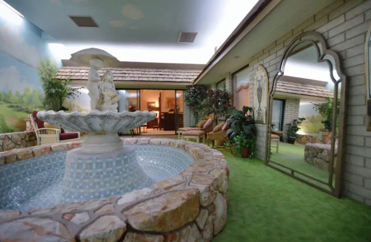 A lavish lifestyle is provided with the underground house.