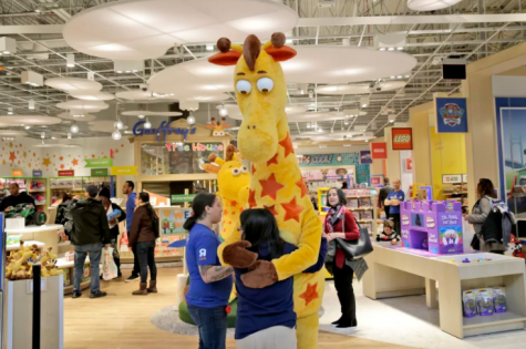 Toys R Us Closes Their Final Two Stores