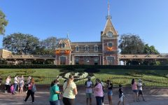 Navigation to Story: Disneyland: Back and Better Than Ever